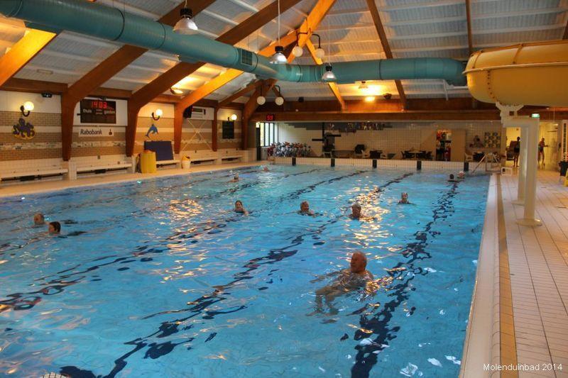 Banen zwemmen in ons 25 meter lange wedstrijdbad