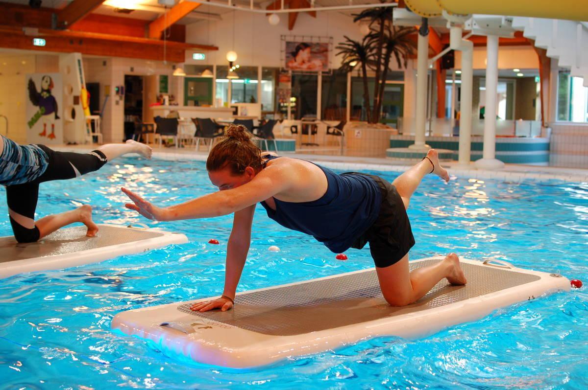 Floatfit Yoga in het Molenduinbad Norg