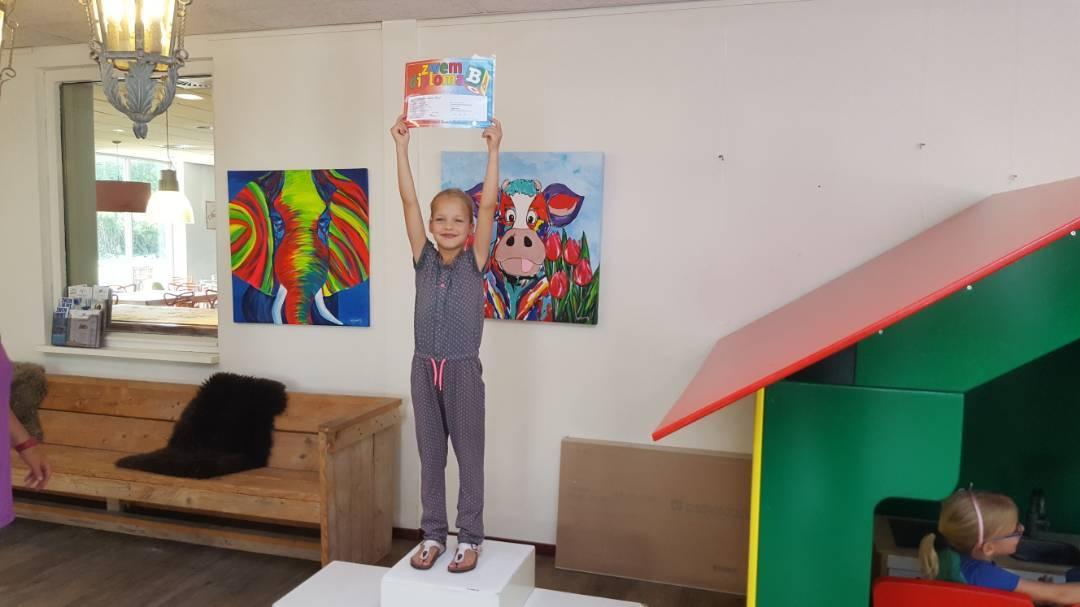 Tijdens de vakantie in Nederland haalt Sophine haar A én B diploma